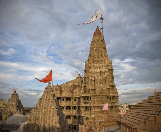 Dwarkadhish Temple is Best Among Religious Places in Gujarat.