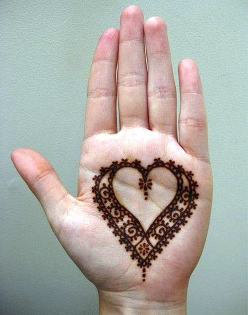 Simple Heart themed mehndi for kids hand