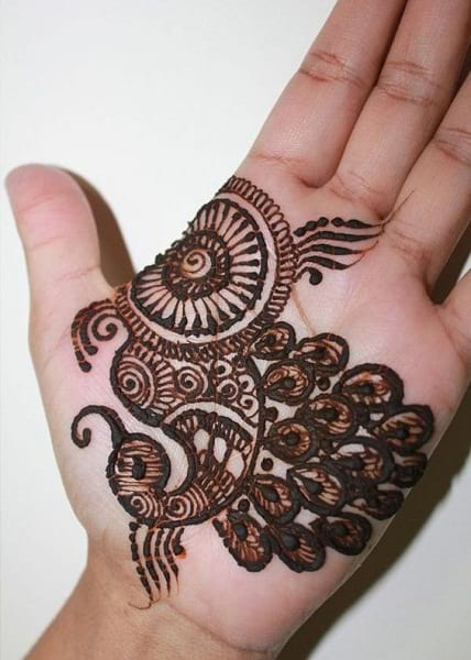 Simple Peacock mehndi design for kids palm