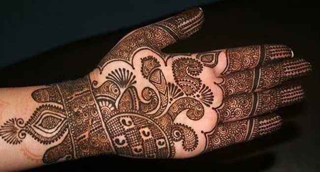 Latest Asha Savla Mehndi Design